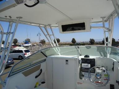 Full Custom Front Enclosure On A Seaswirl Striper 21
